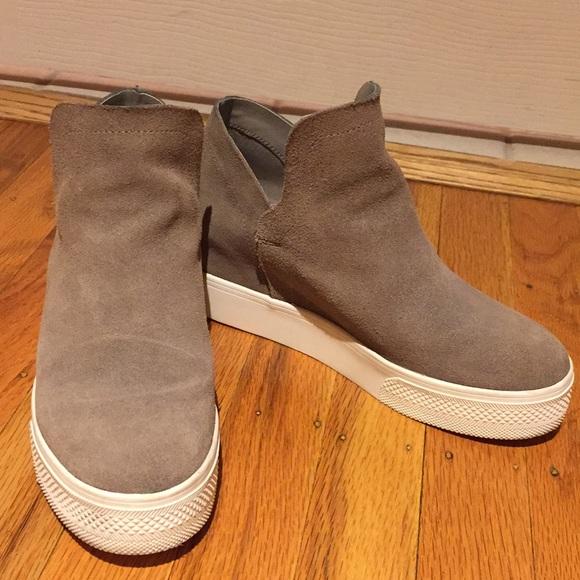 Steve Madden Wrangle Sneaker Size 6